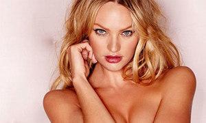 Candice Swanepoel hờ hững ngực trần
