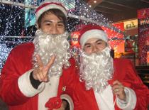 Ông già Noel cũng phải 'mưu sinh'