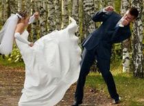 Cô dâu, chú rể hài hước trong ngày cưới