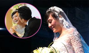 Cô dâu Tôn Lệ nghẹn ngào ngày cưới
