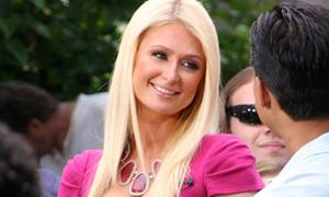 Paris Hilton rạng rỡ khi yêu