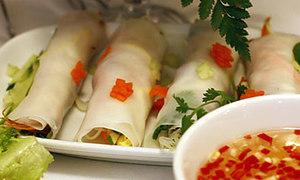 Thi làm đủ món nem trong 30 phút ở Hà Nội