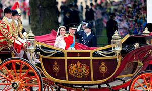 Cỗ xe cổ trong lễ cưới hoàng gia