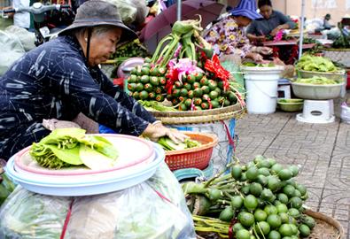 Chợ trầu cau rượu cưới tại Sài Gòn