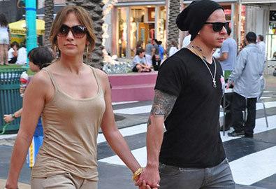 Bồ trẻ của Jennifer Lopez thoát án tù