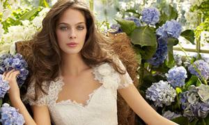 Cô dâu nồng nàn váy cưới mùa xuân