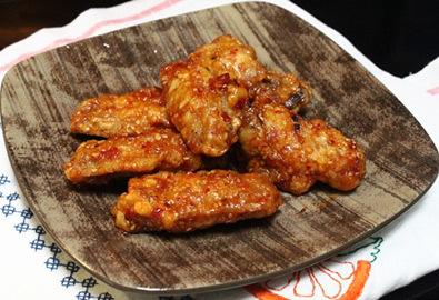 Cánh gà rán tẩm vừng kiểu Hàn