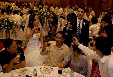 Đám cưới Tây, đám cưới ta