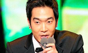 Ca sĩ Hàn dính scandal cưỡng hiếp đàn em