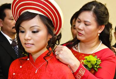 Cách chọn vàng trang sức cho ngày cưới