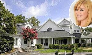 Biệt thự xinh xắn 1,5 triệu USD của Kelly Clarkson