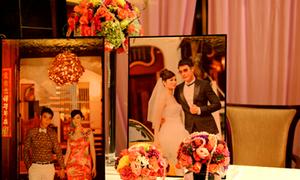 Tiệc cưới Thúy Vinh tràn ngập hoa