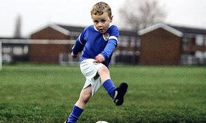 10 cậu nhóc sớm bộc lộ tài chơi bóng thiên bẩm