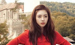 Lee Yeon Hee xinh đẹp với mùa thu