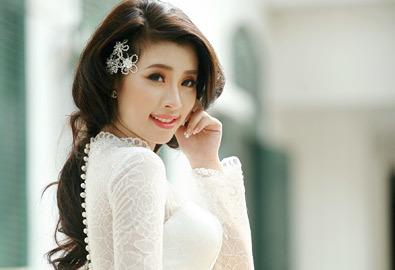 Cô dâu hoàn hảo với váy mùa thu