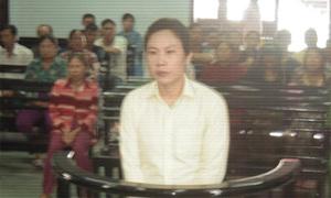 Ngồi tù 4 năm vì thích 'làm chồng nữ sinh lớp 8'