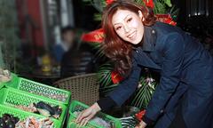 Hoa hậu biển Nguyễn Thị Loan làm bà chủ quán ốc