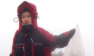 Chuyến leo Fansipan của cậu bé 6 tuổi