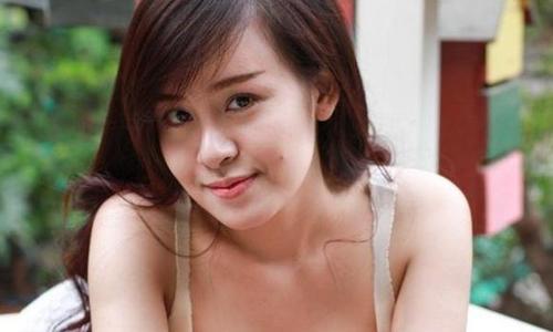 'Bà Tưng' bị dừng cấp phép biểu diễn