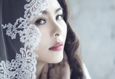 Vân Trang hóa thân làm cô dâu vintage