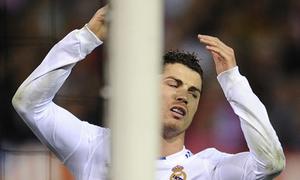 7 lần Ronaldo bị khung thành từ chối tuyệt phẩm