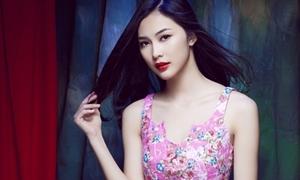 'Người yêu' Noo Phước Thịnh sexy với váy áo màu sắc