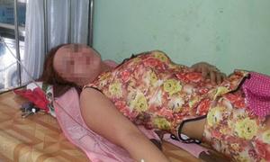 Người phụ nữ bị rải hàng nghìn ảnh nude khắp chợ