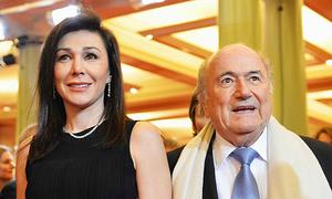 Bạn gái Chủ tịch Sepp Blatter chưa ly dị chồng