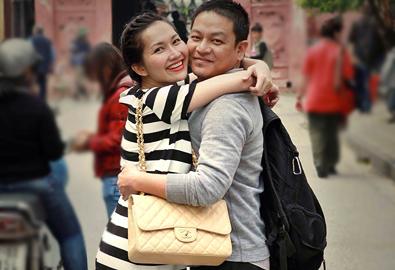 Kim Hiền ôm chặt chồng sắp cưới