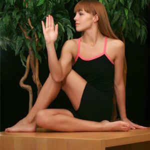 8 bài tập yoga buổi sáng