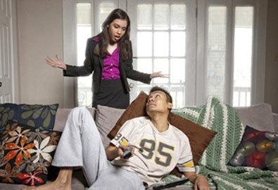 Chán ngán vì chồng lười biếng, hách dịch