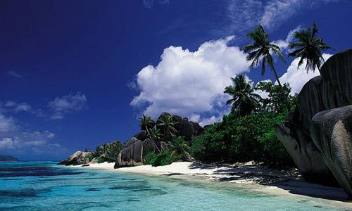 12 bãi biển đẹp cho kỳ nghỉ đáng nhớ