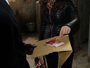 Thịt lợn chín chuyển màu đỏ như máu