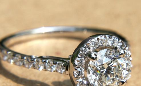 14 kiểu nhẫn đính hôn vintage