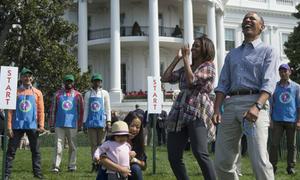 Nhà Obama lăn trứng Phục sinh