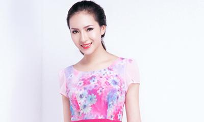 Váy, áo màu sắc tươi sáng của Yoshino
