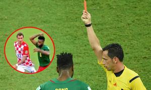 10 pha 'đánh người' thô thiển ở World Cup 2014