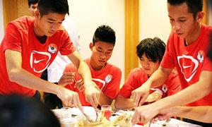 U19 Việt Nam lo chuyện ăn uống