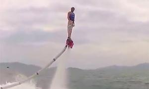 Thử Flyboard đầu tiên ở Việt Nam