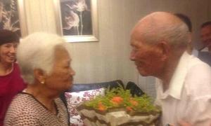 70 tuổi mới lần đầu được gặp cha