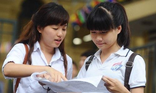 Học sinh lớp 12 bức xúc với Bộ Giáo dục và Đào tạo
