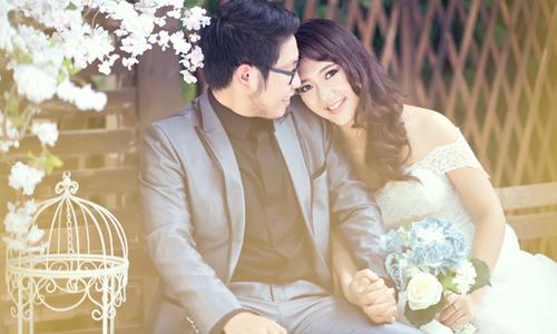 Phim trường cưới Sài Gòn xanh mướt
