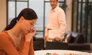 Người vợ hiếm muộn bị chồng xa lánh
