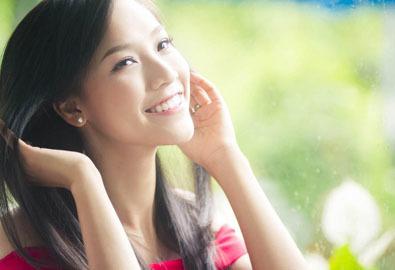 MC Hoàng Oanh bật mí cách chăm sóc da mùa hanh khô