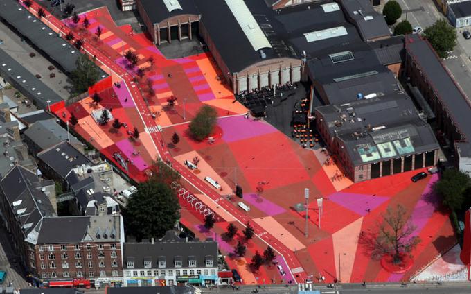 Công viên nghệ thuật đa sắc màu ở Đan Mạch