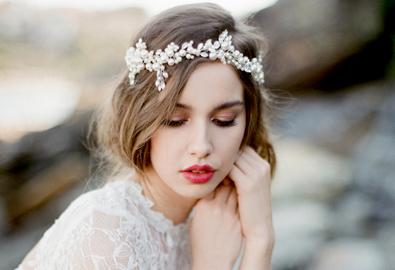 Cô dâu xinh đẹp với trang sức lấp lánh