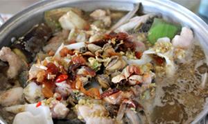 Ngập trong món ăn vừa ngon vừa rẻ ở Long Xuyên