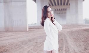 Lưu Hương Giang gợi ý mix đồ gợi cảm trong mùa lạnh
