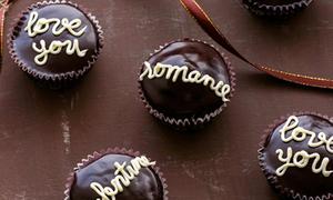 Cupcake chocolate cho Valentine