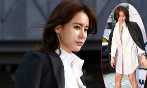 Vợ Ahn Jung Hwan sexy với mốt không quần